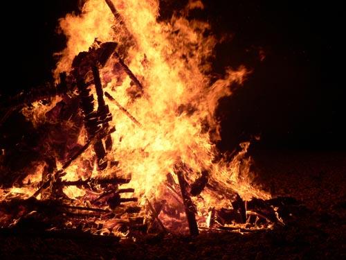 10-bonfire2[1]